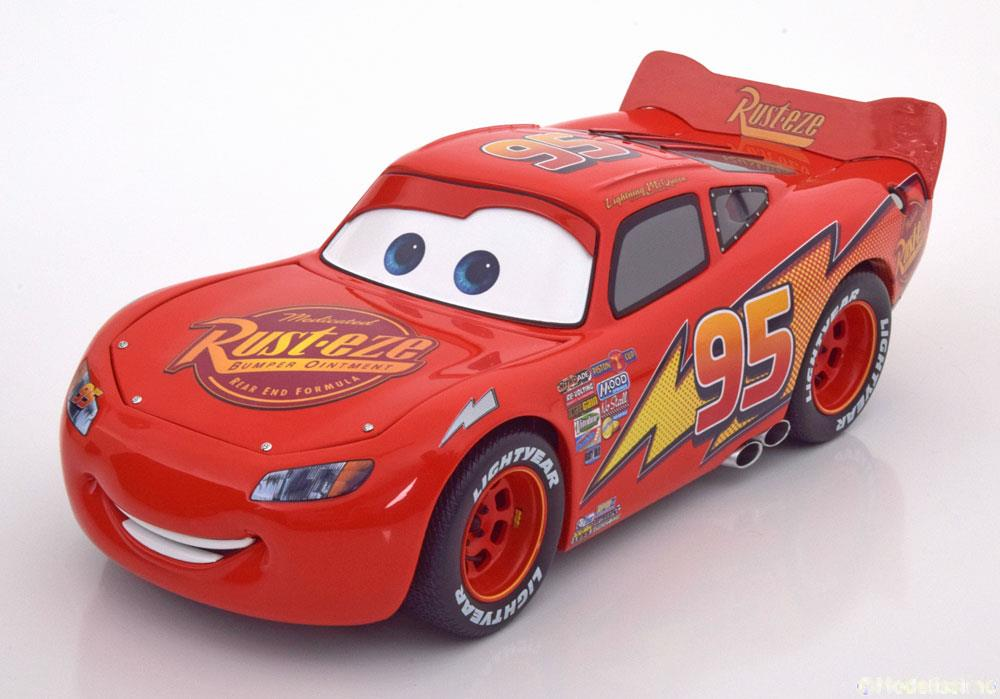 aus dem film cars disney pixar lightning mcqueen schuco 00360. Black Bedroom Furniture Sets. Home Design Ideas